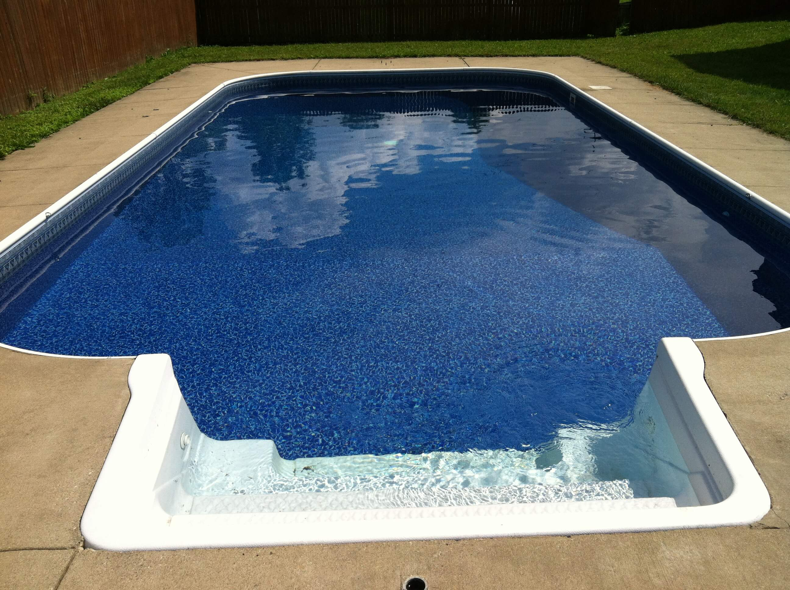 Liner replacement si pool care for Pool liner installation